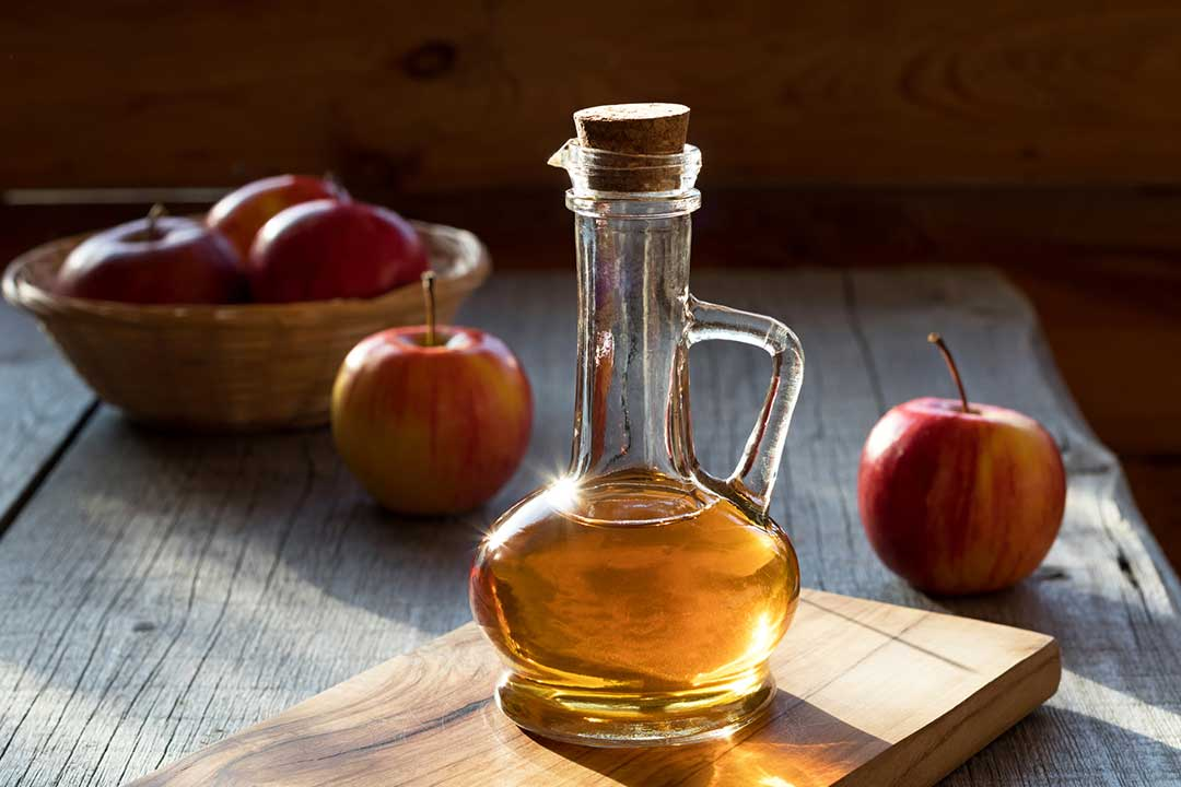 Apple Cider Vinegar Uses and Health Benefits