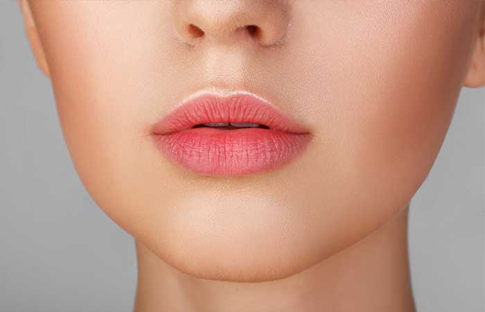 3.-Rose-Water-As-A-Lip-Stain.jpg